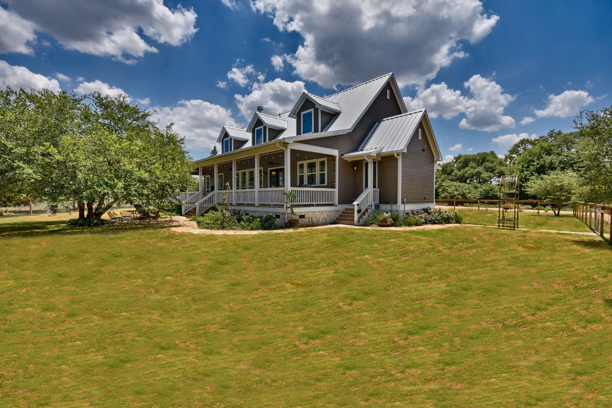 community texas casual park wimberley hill cottages country model home wimberleyweb txcc