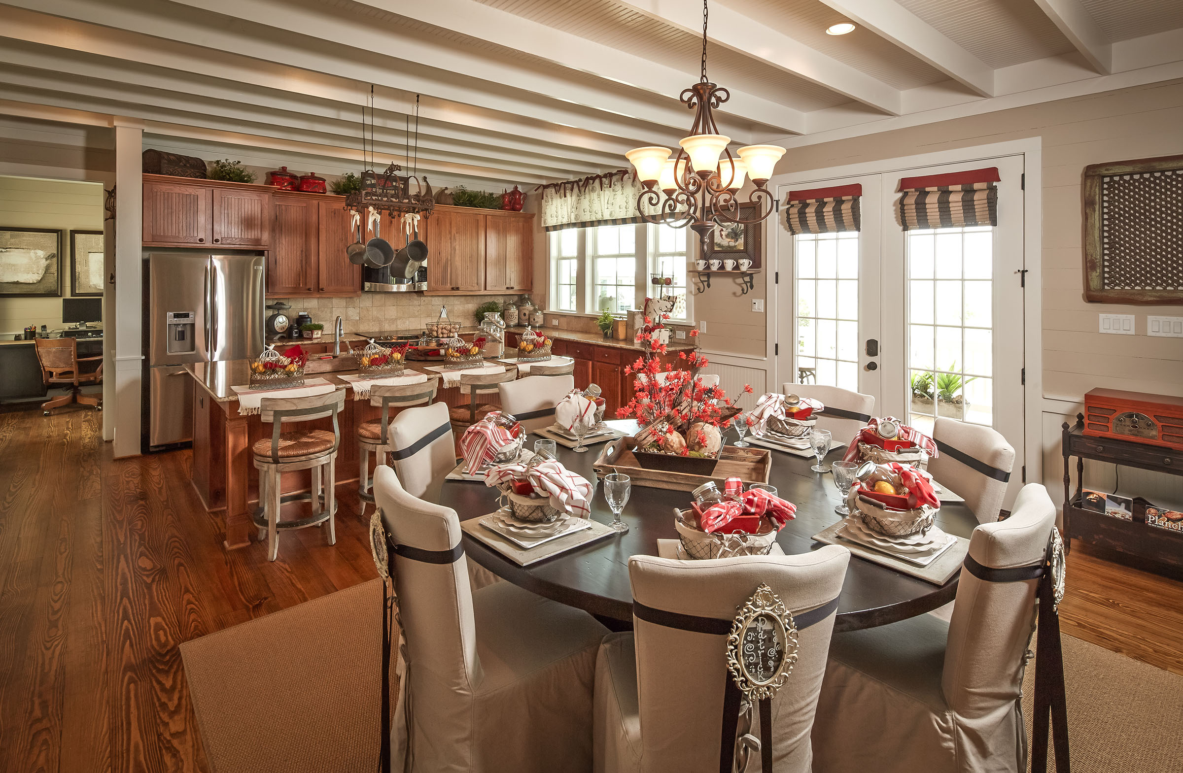 Texas Casual Cottages | Partners in Building